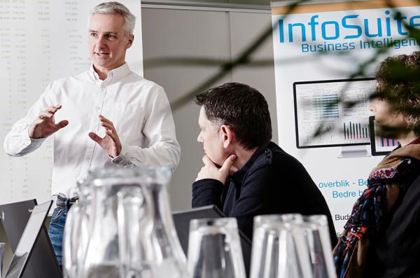 Job-hos-InfoSuite